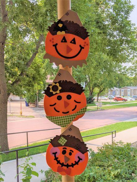 November Make & Take Monday – Scarecrow Pumpkins